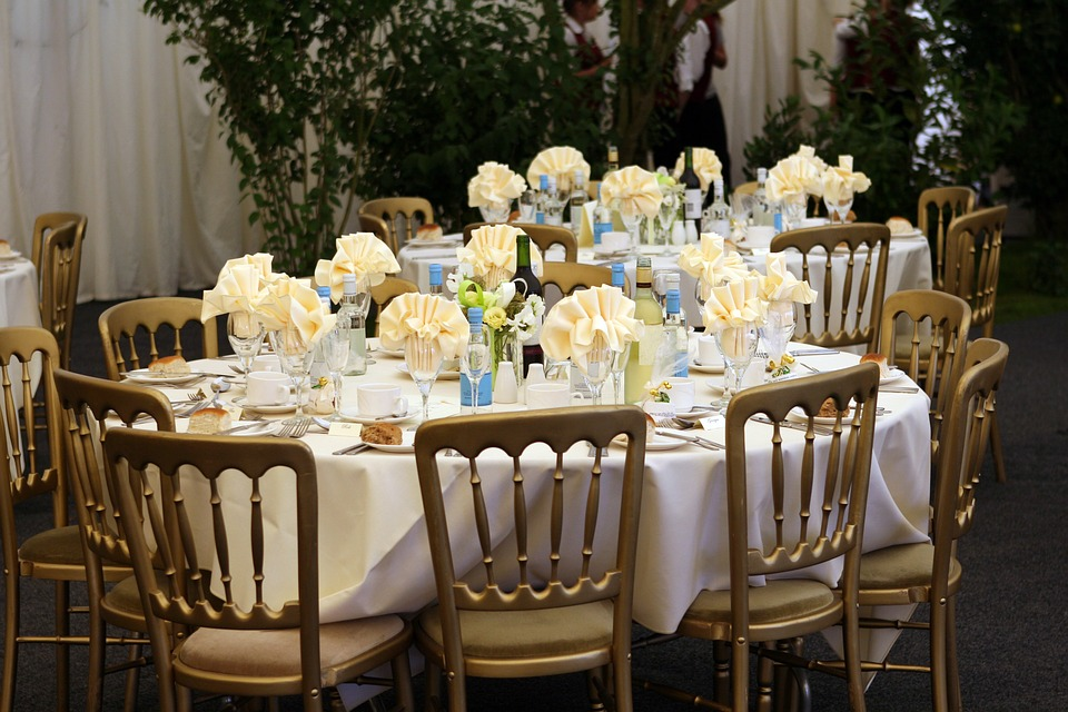 Things To Remember When Picking Wedding Reception Style Catering Cc